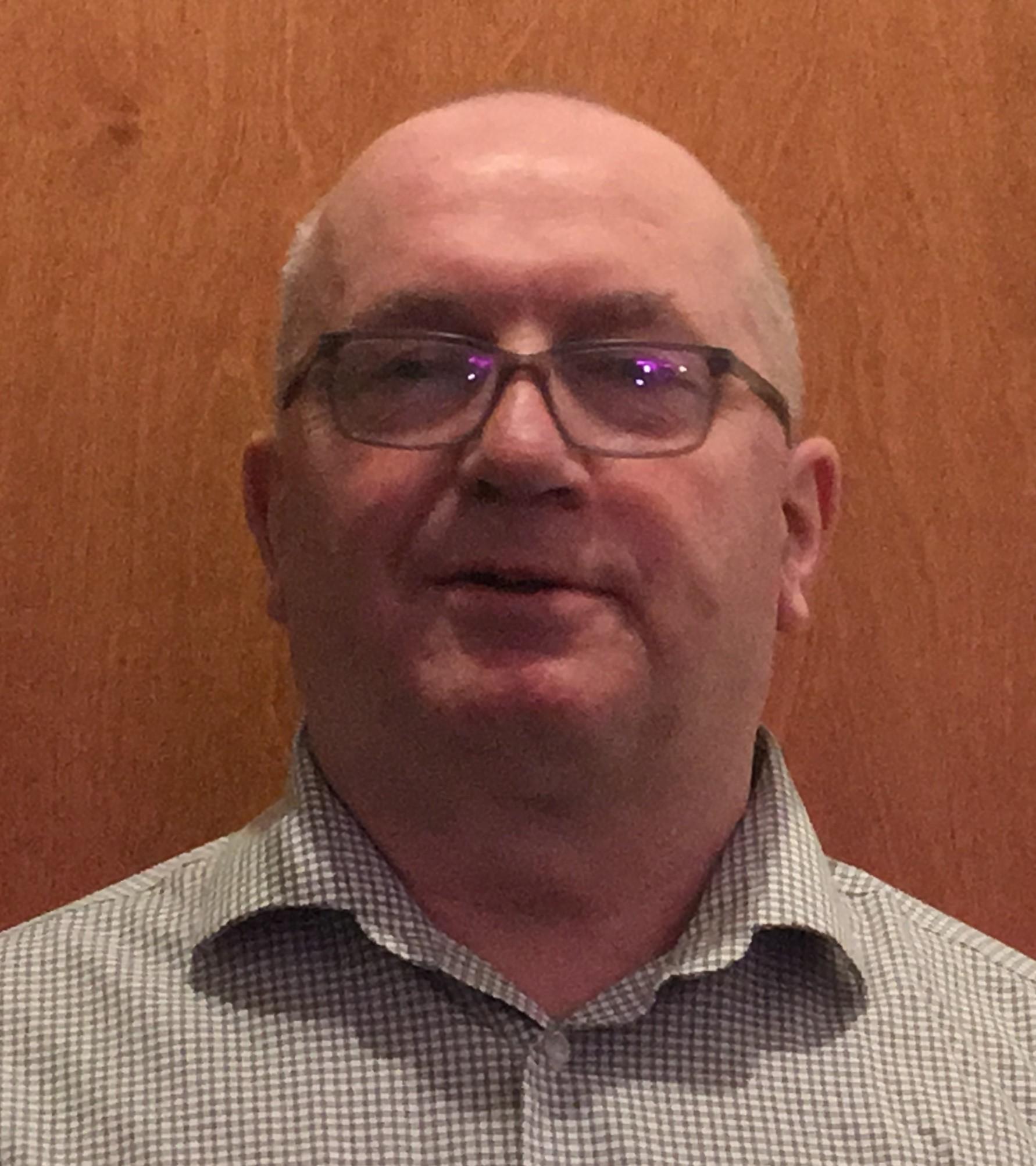 Peter D Riddell